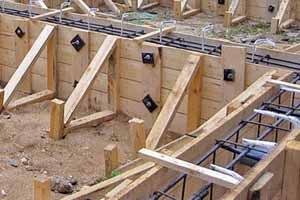 Заливка бетона – опалубка, стены, фундамент